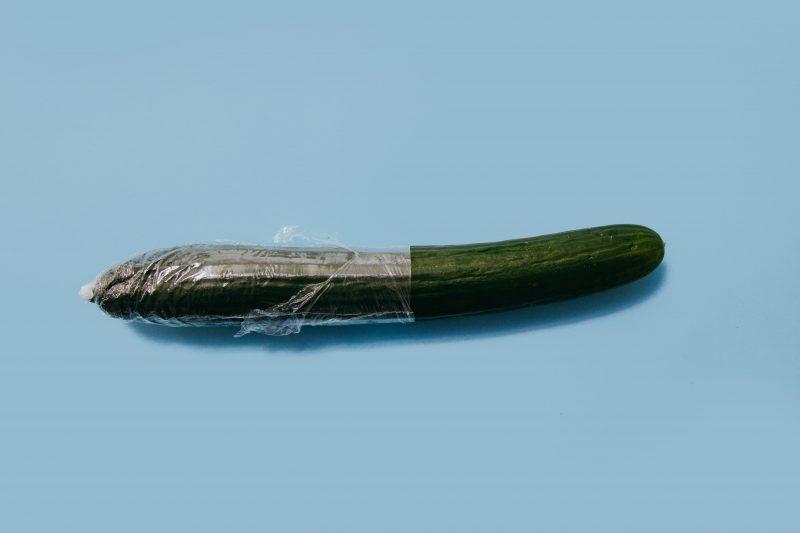 包茎がコンドーム抜けしやすいのは皮が動くから